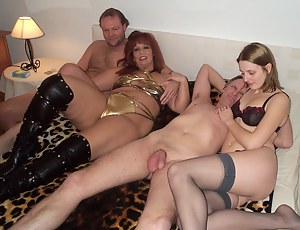 Foursomes in bed nude