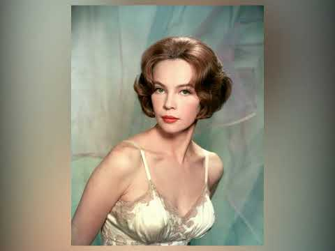 Pictures of leslie caron