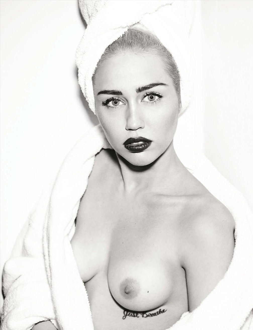 Miley cyrus nude white